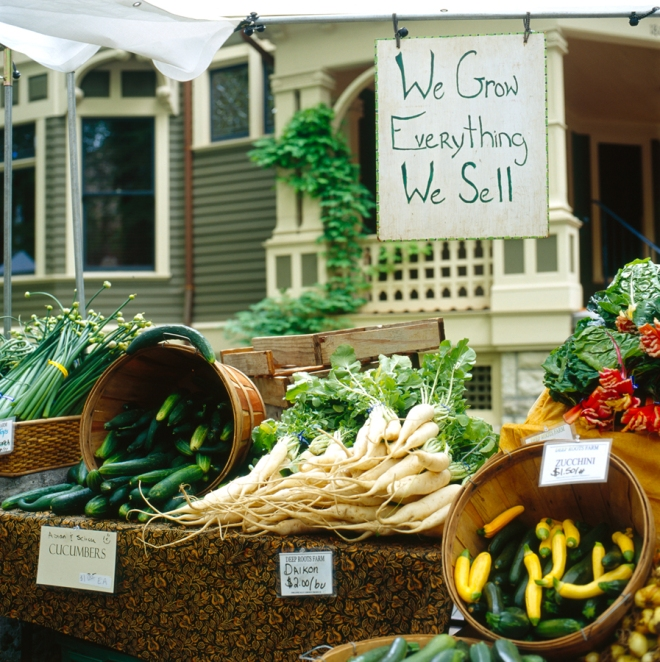 Farmers' Market display and sentiment