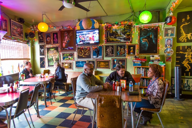 The Bottletree restaurant, which offers vegan cuisine, and music venue located in the Avondale district of Birmingham, Alabama.